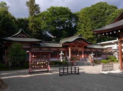春日神社本殿
